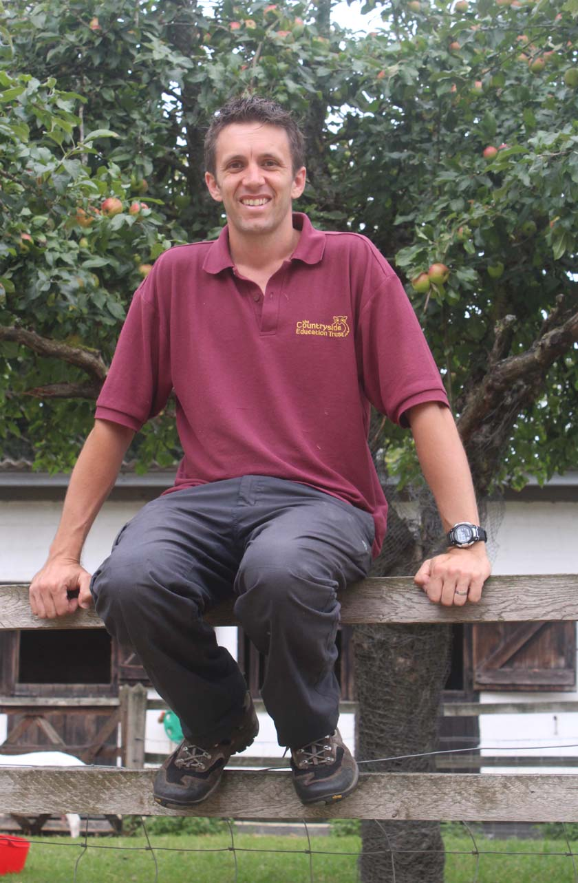 Steve Barnard : Senior Education Officer